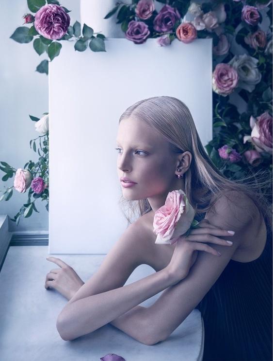 Dior Magazine fot. Camilla Akrans