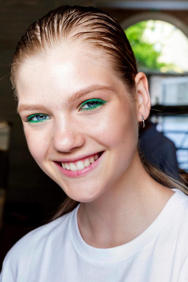 trendy w makijażu wiosna lato 2019 neonowy makijaż Cividini