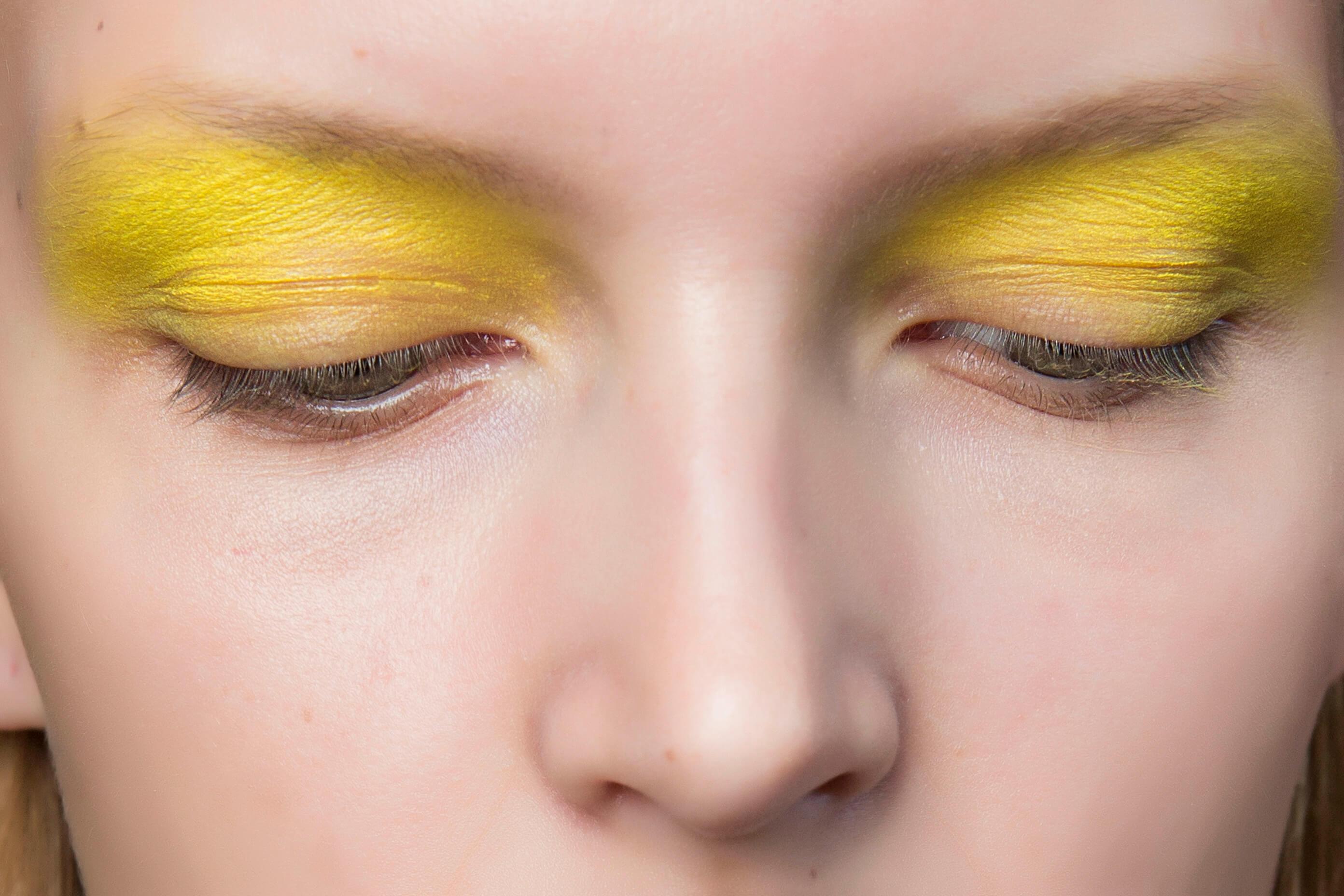 żółte oko