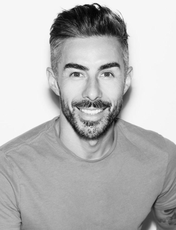 makijażysta James Molloy