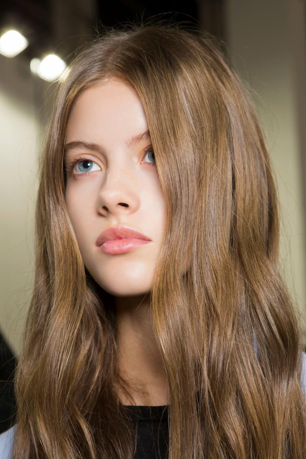 jak poprawnie dwuetapowo olejować włosy