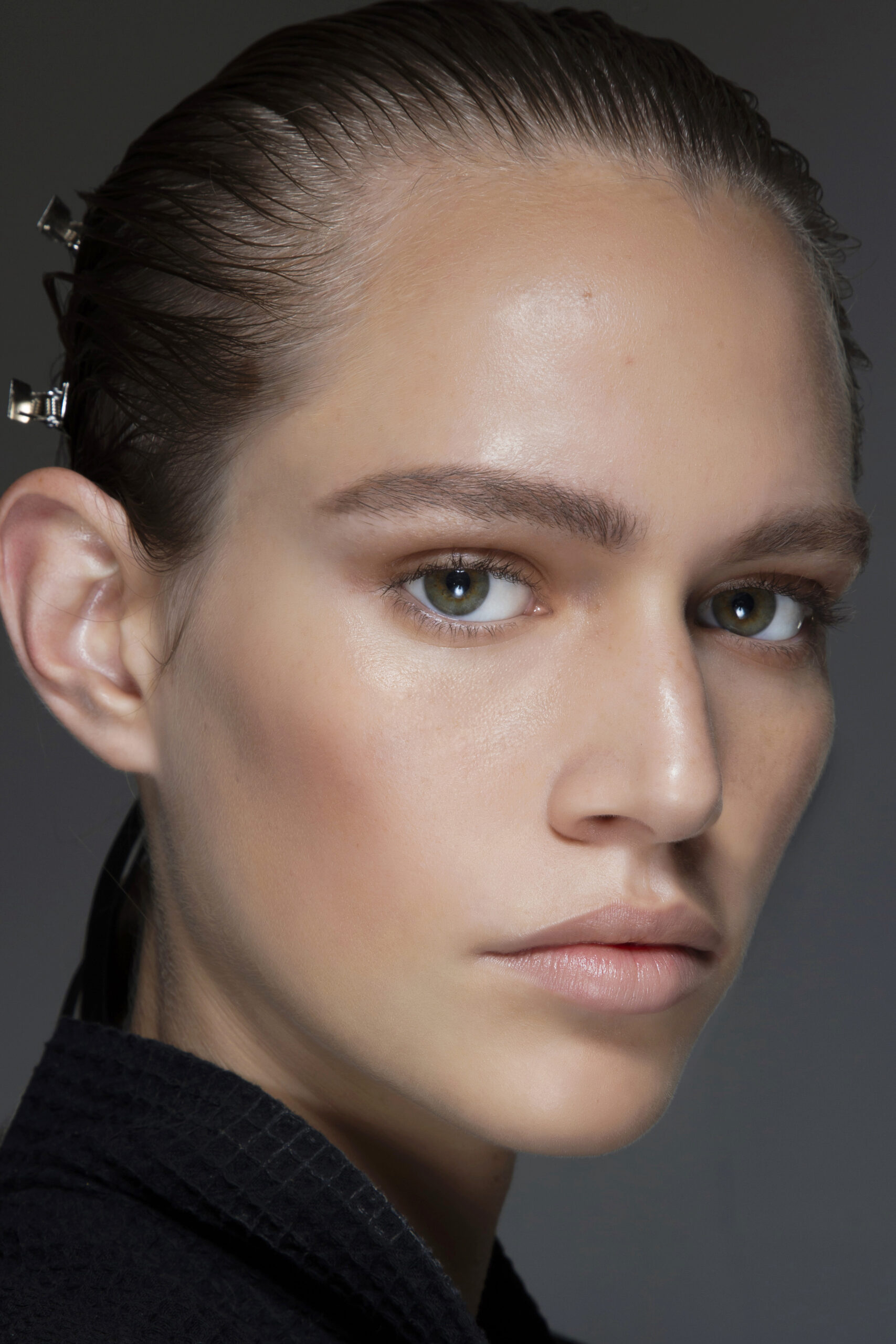 najlepsze tanie kosmetyki do makijażu wybrane przez polskich makijażystów
