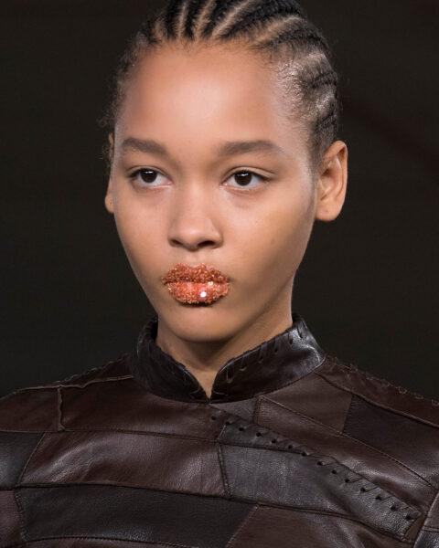 Przegląd beauty z Paris Fashion Week Spring/Summer 2022